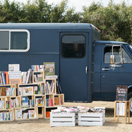 DESIGN TOUCH Park / BOOK TRUCK